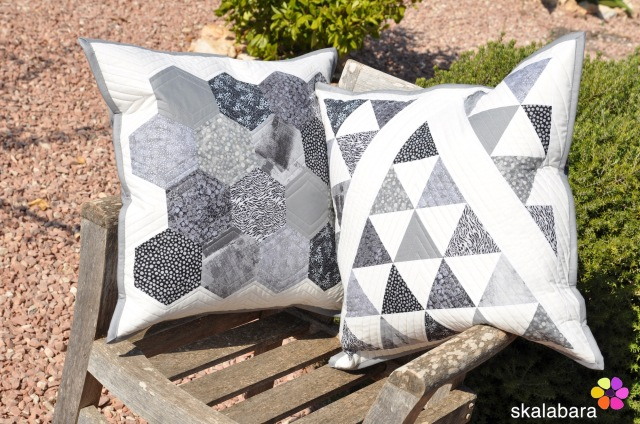 black and white hexagons and triangles - skalabara