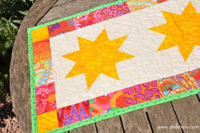 stars table runner - skalabara.com
