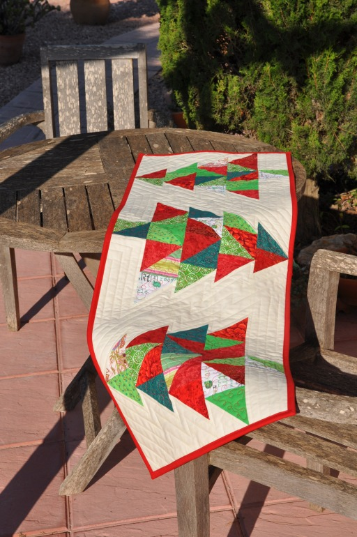 christmas table runner - skalabara.com