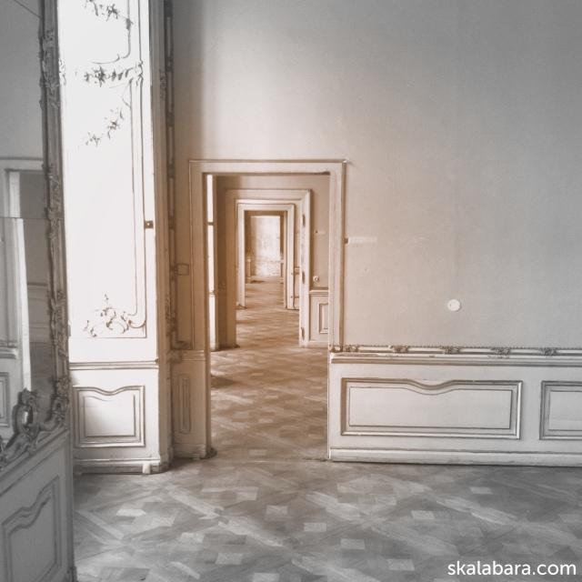 interior colloredo-mansfeld palace prague - skalabara.com
