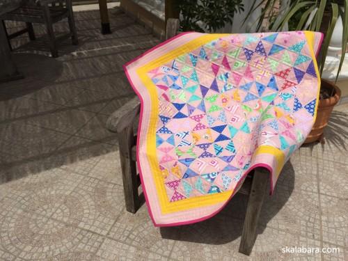 baby quilt in pink - skalabara.com