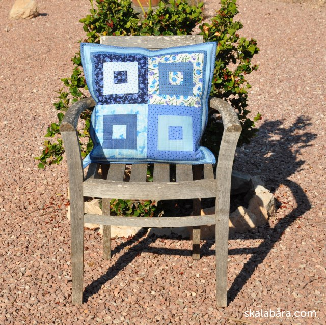 pillow in blue log cabin - skalabara.com