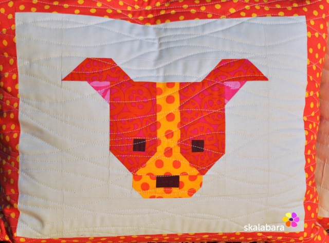 dog gone cute quilt along detail - skalabara