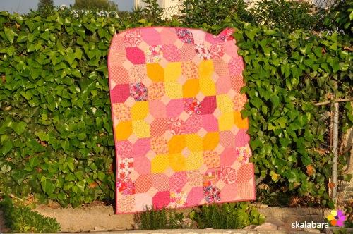 pink baby quilt - skalabara