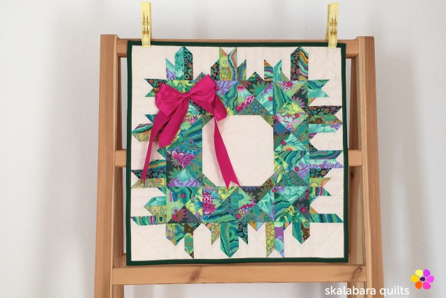 christmas wreath - skalabara quilts