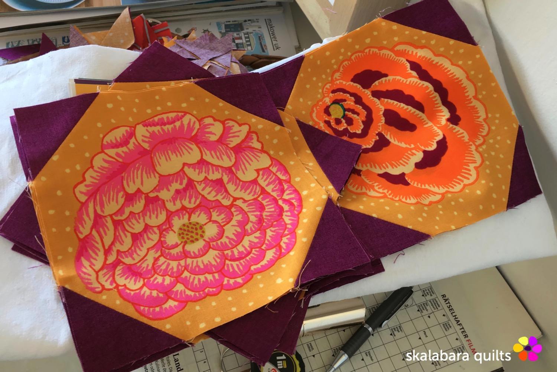 magenta and gold flowers quilt flower block - skalabara quilts
