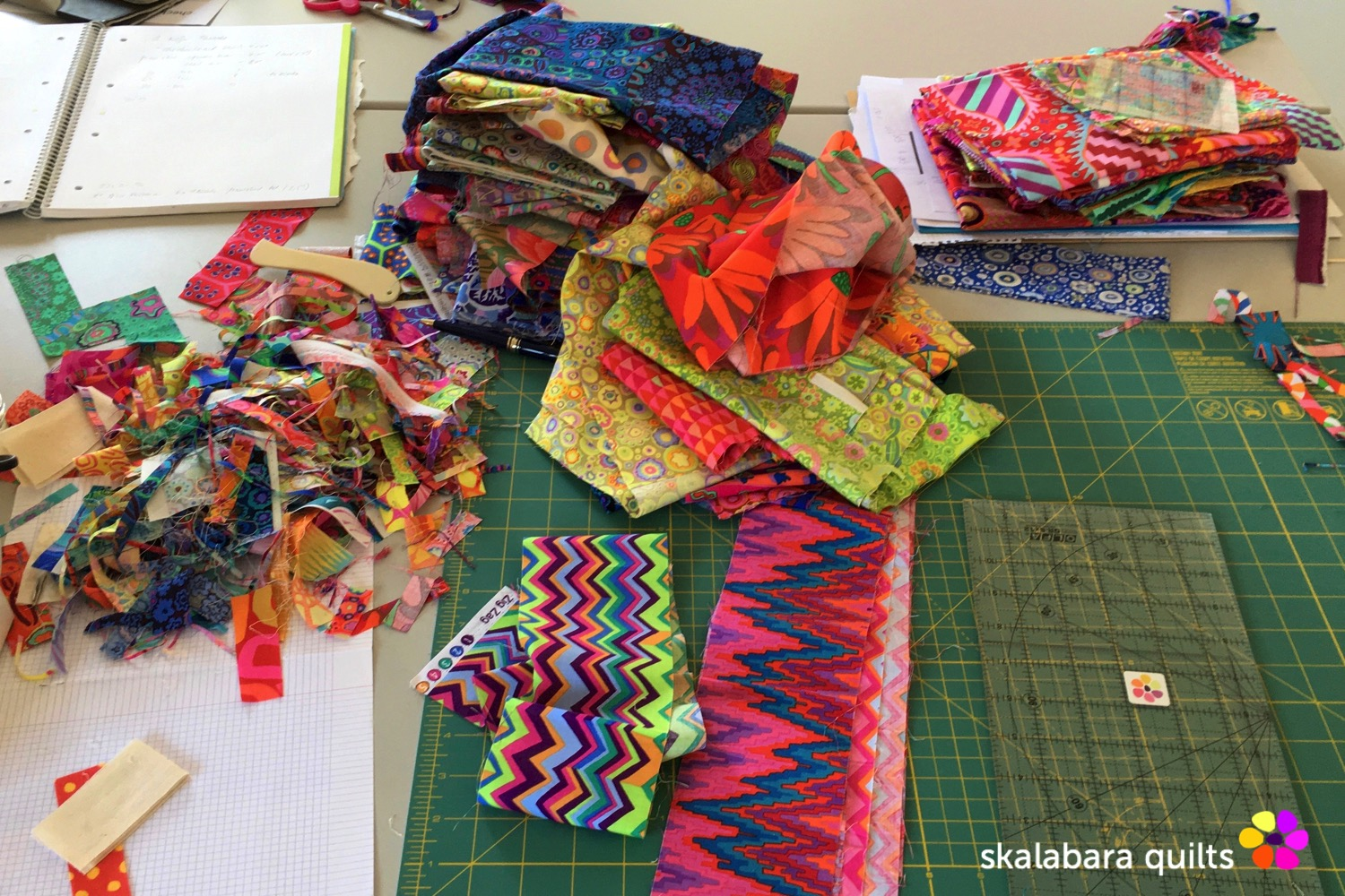 magenta and gold flowers quilt sewing - skalabara quilts