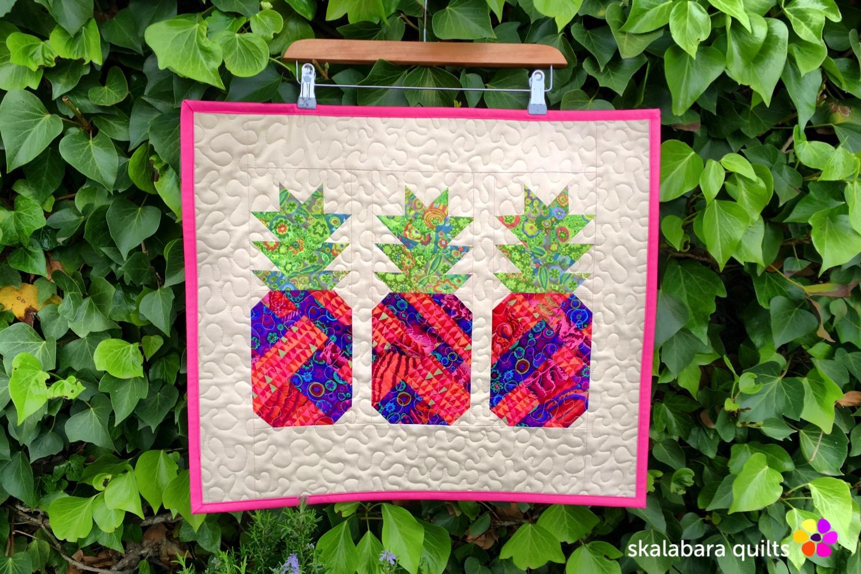 table runner pineapple 2 - skalabara quilts