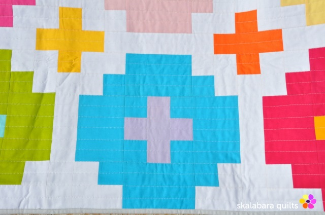 cross tile quilt detail 2 - skalabara quilts