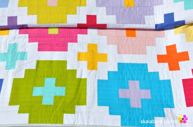 cross tile quilt detail 3 - skalabara quilts