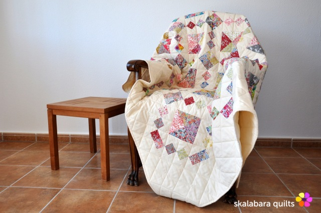 levitating liberty jewel box eggshell quilt 13 - skalabara quilts