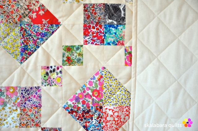 levitating liberty jewel box eggshell quilt 17 - skalabara quilts