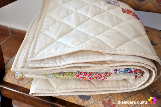 levitating liberty jewel box eggshell quilt 19 - skalabara quilts