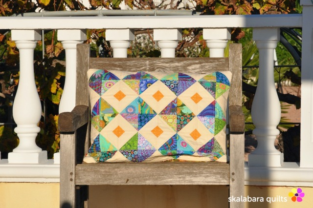 cushion cover green - skalabara quilts
