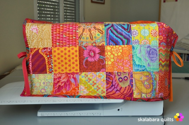 sewing machine cover 1 - skalabara quilts