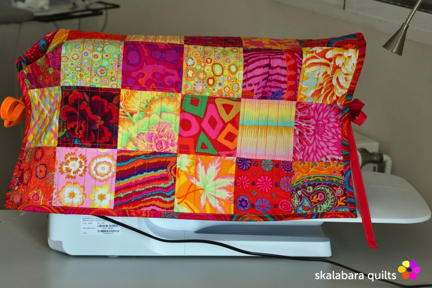 sewing machine cover 2 - skalabara quilts