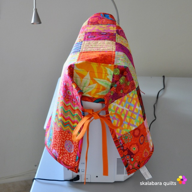 sewing machine cover 3 - skalabara quilts