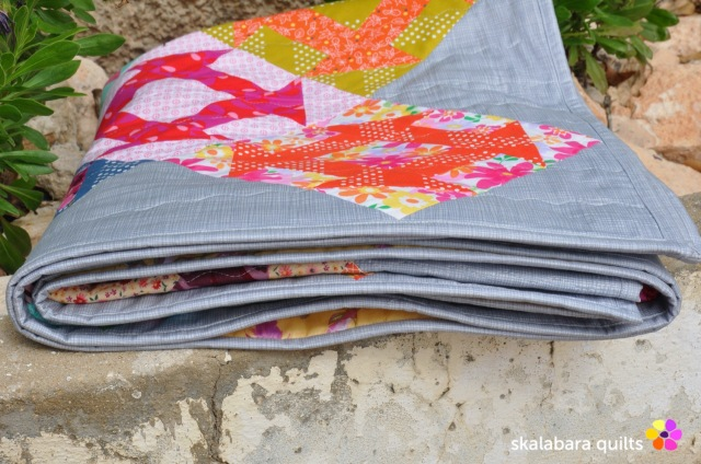 churn dash quilt binding 2 - skalabara quilts