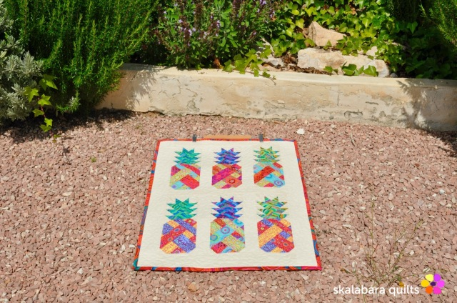 pineapple wall hanging 3 - skalabara quilts