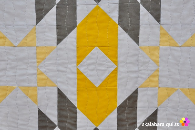 atmosphere quilt detail 2 - skalabara quilts