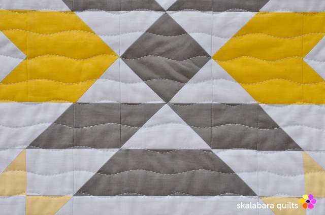atmosphere quilt detail 6 - skalabara quilts