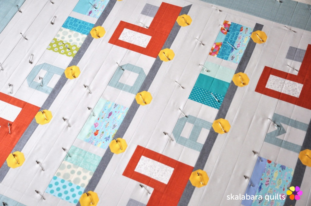 train quilt sandwich 3 - skalabara quilts