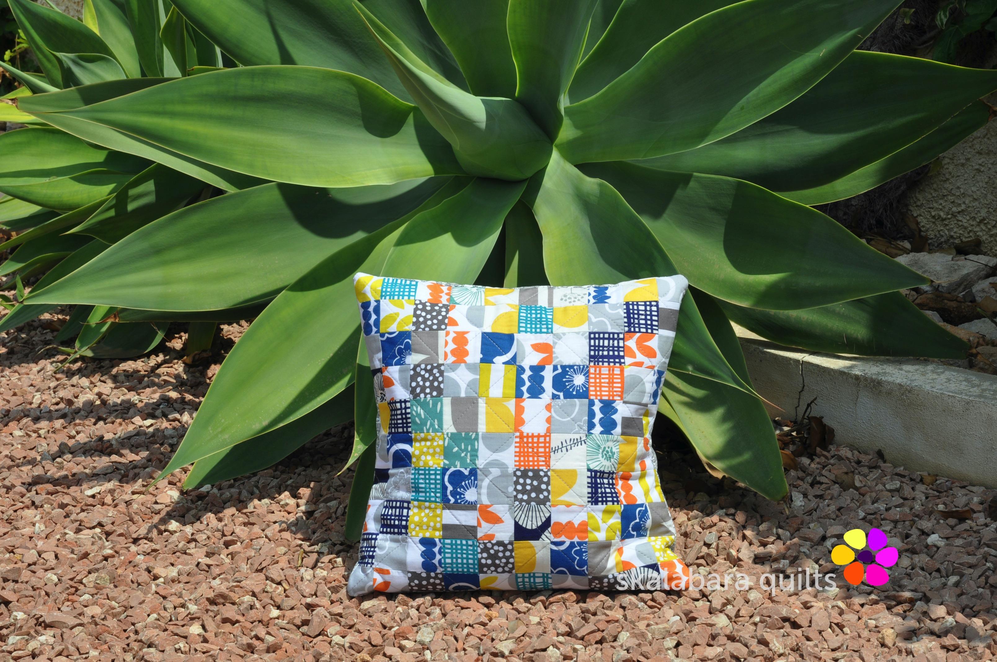 bella cushion cover squares small - skalabara quilts